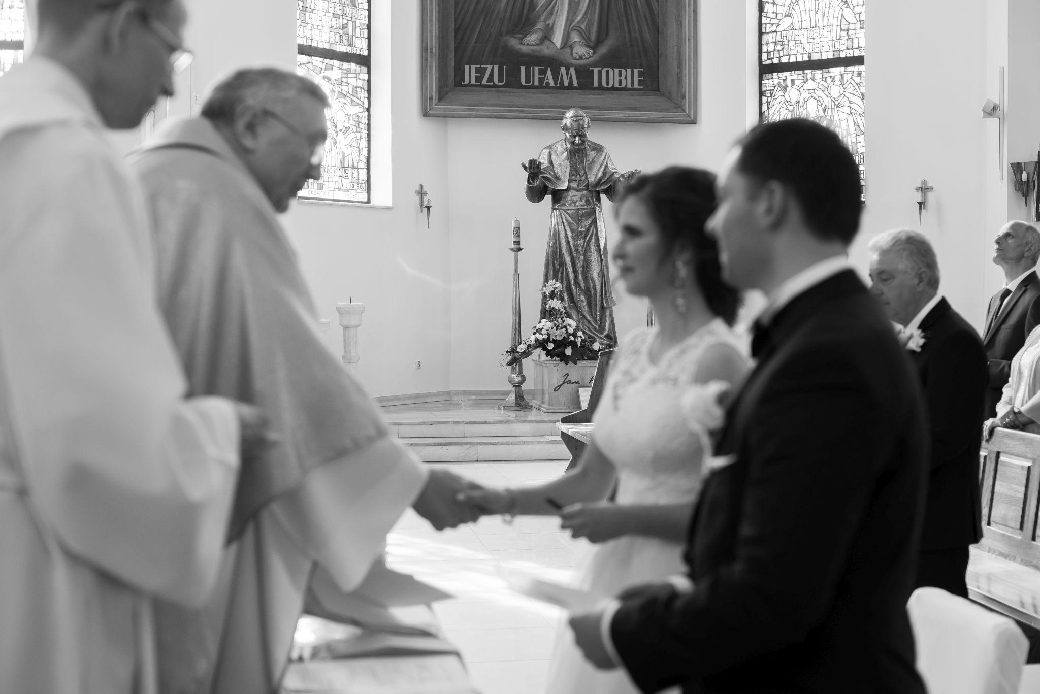 fotografia ślubna sakrament małżeństwa Bydgoszcz