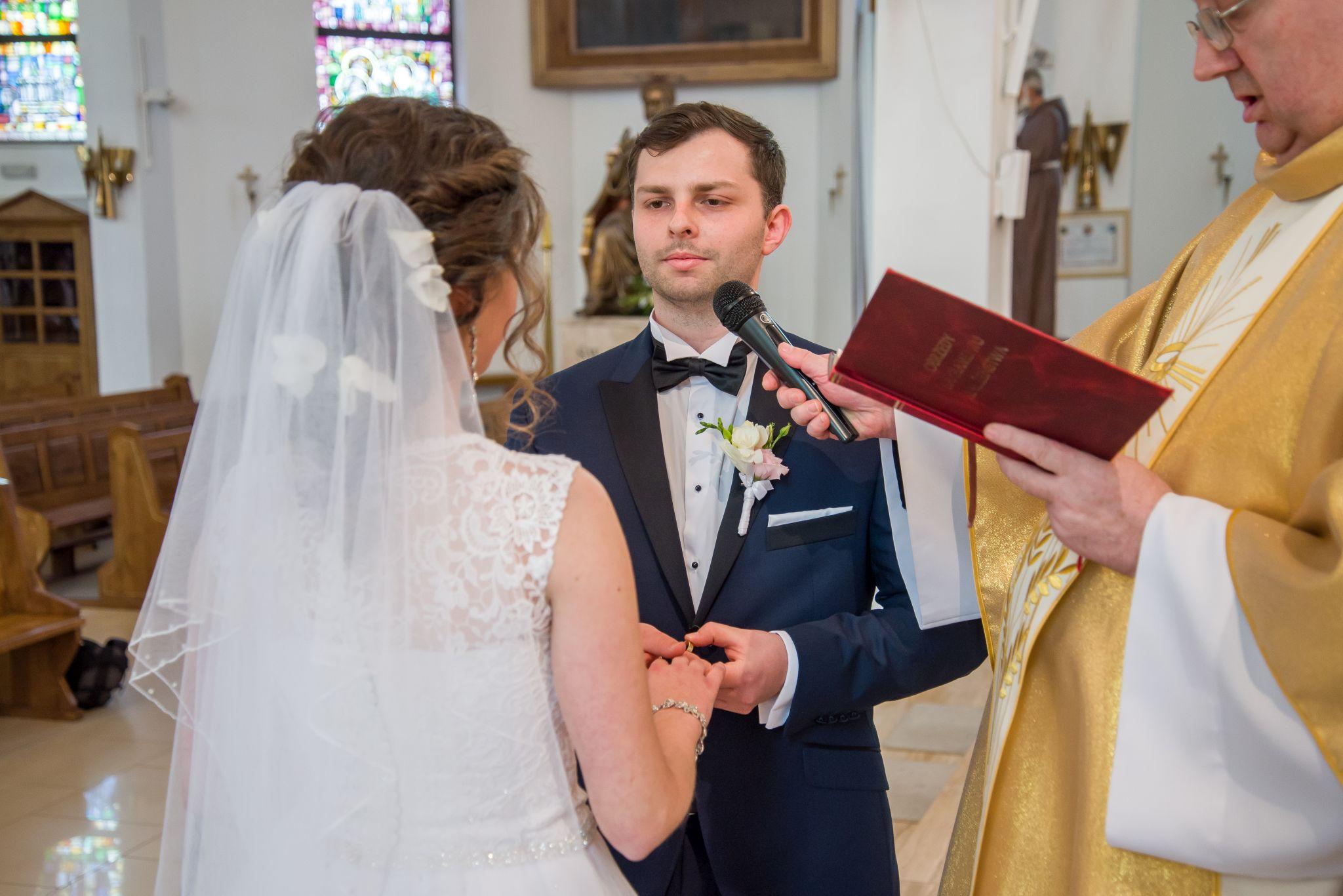 przysięga małżeńska zdjęcia z kościoła