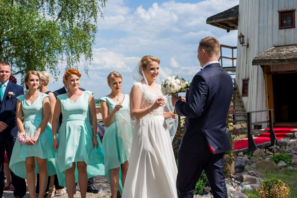 spotkanie przy wiatraku zdjęcia ślubne Brok