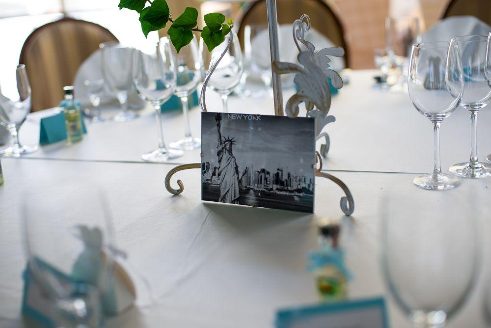 dekoracja ślubnych stołów fotografie