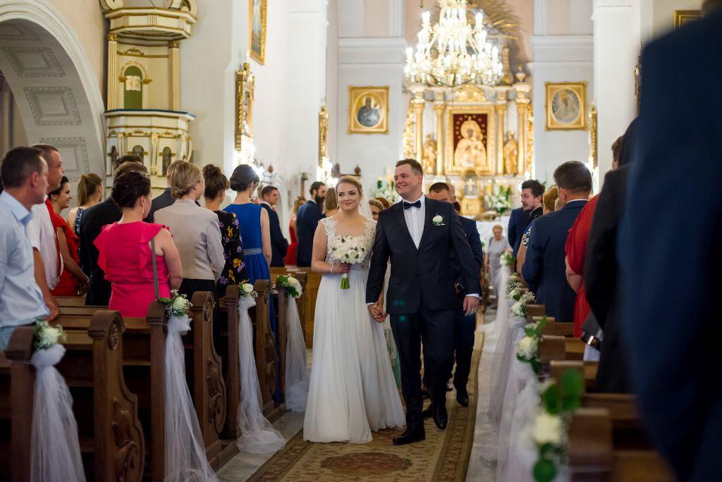 Brok zdjęcia ślubne w kościele