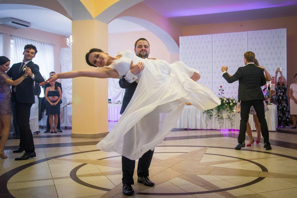 pierwszy taniec fotografia ślubna Sala Zamkowa