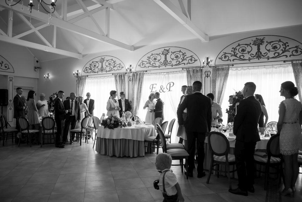 zdjęcia weselne w willi estera