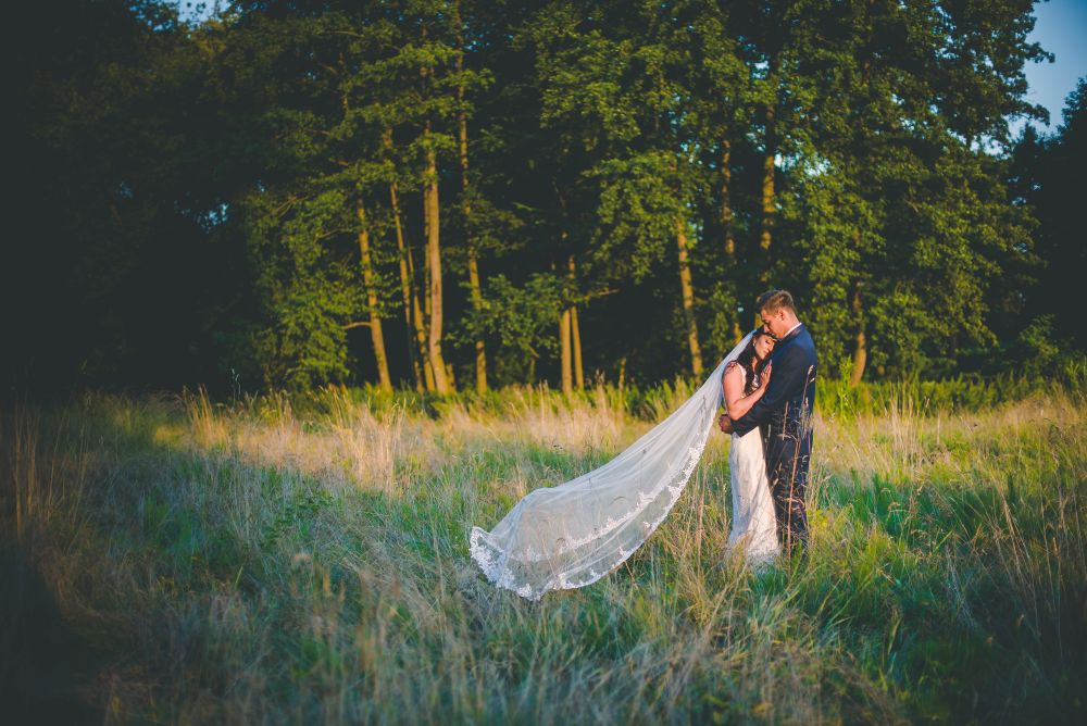 Zdjęcia ślubne w Parku Arkadia