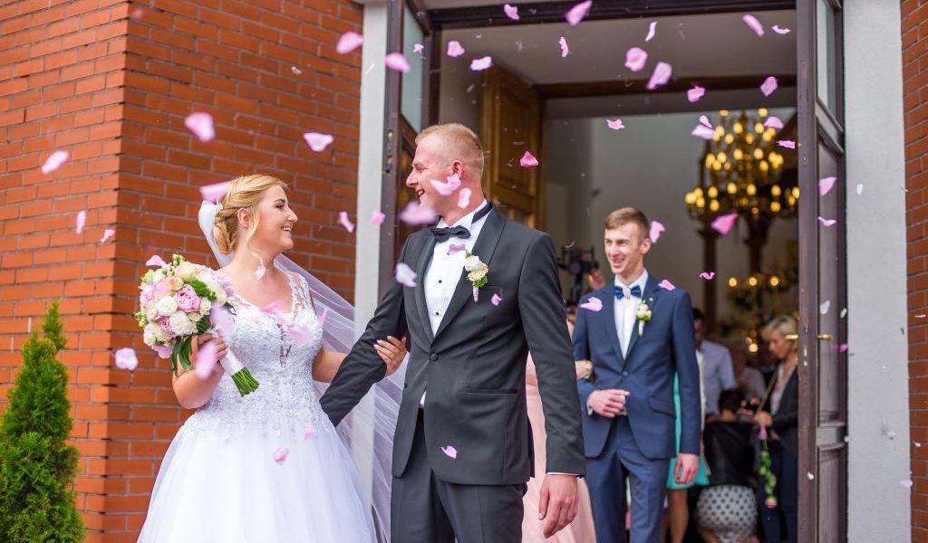 Klaudia i Paweł – ślub w słońcu