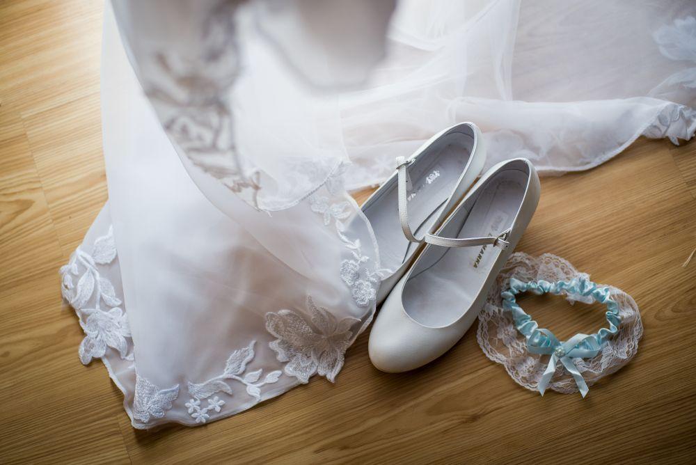 buty panny młodej fotografia warszawa