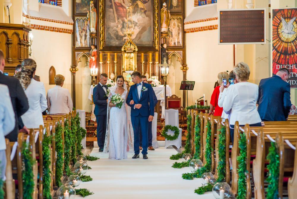 para młoda zdjęcia ślubne ostrów mazowiecka