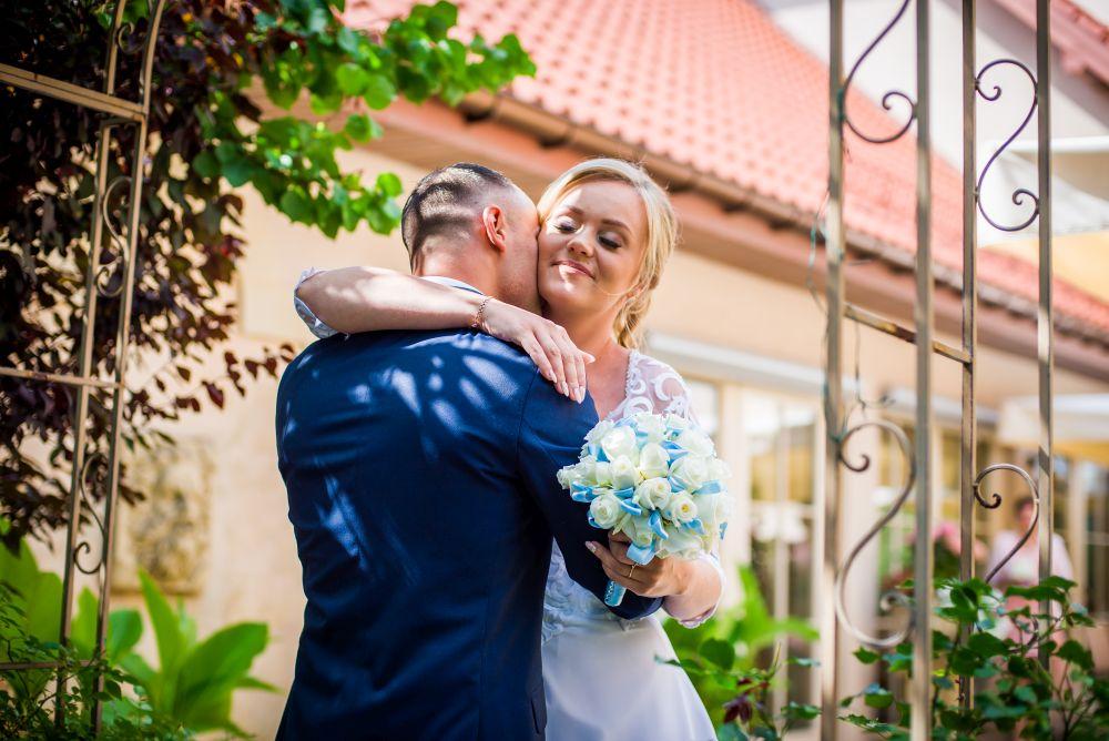 para młoda zdjęcia ślubne pruszków