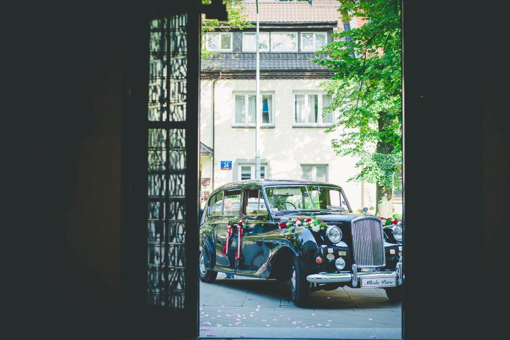 samochód do ślubu fotografia ślubna warszawa