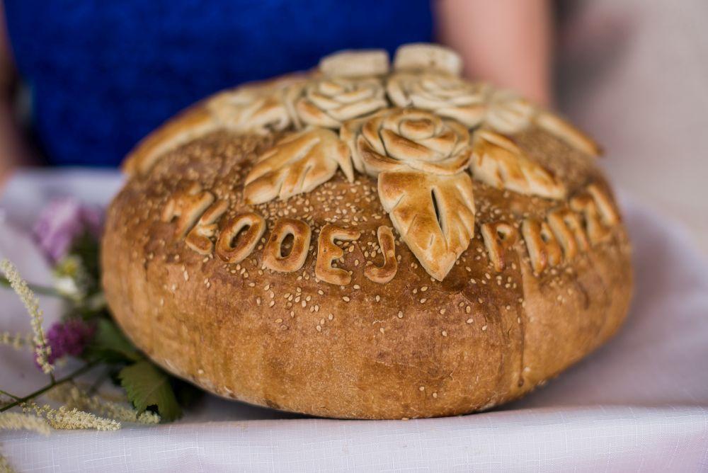 chleb na przywitanie