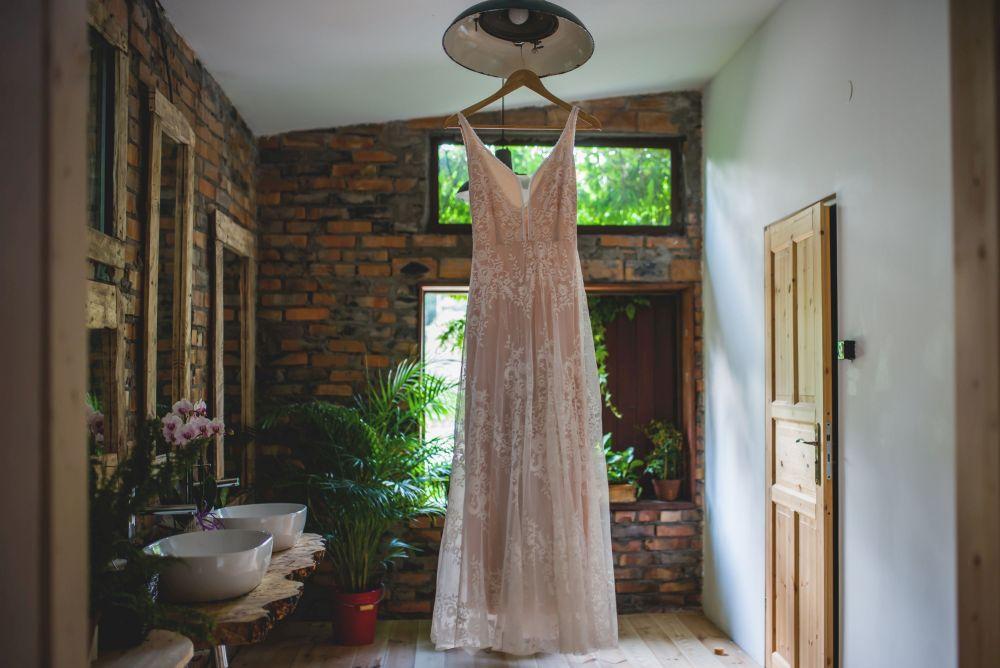 suknia ślubna zdjęcia ślubne