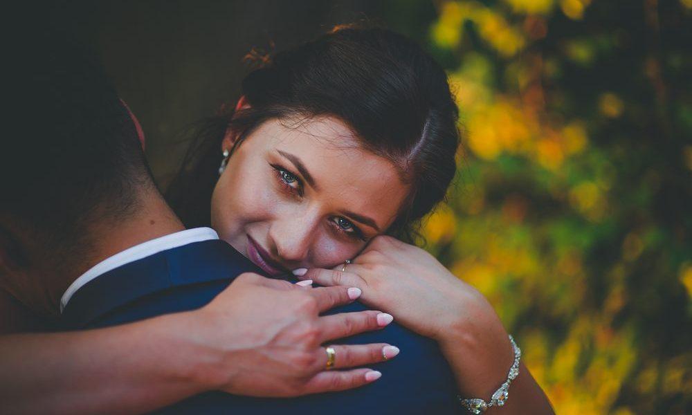 Organizacja ślubu i wesela krok po kroku – poradnik